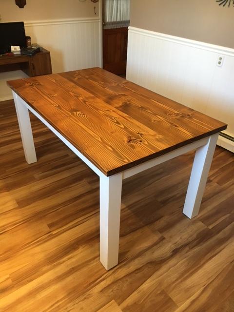 Farmhouse Table in a kitchen Pennsburg Pennsylvania